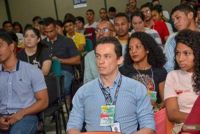 Personas que asistieron a la conferencia