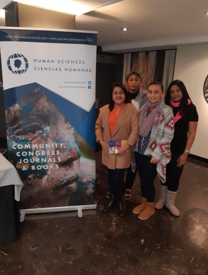 La jefe de Enfermería, Elsy Puello Alcocer y las docentes Concepción Amador Ahumada, Irina Campos Casarrubia y Dary Ripoll García.