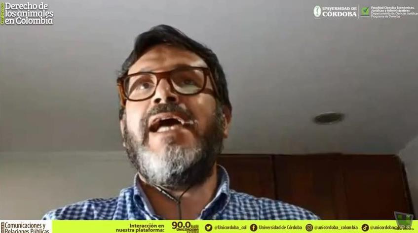 Luis Domingo Gómez Maldonado, abogad, autor de la acción popular sobre lo hipopótamos de la hacienda Nápoles e invitado de Unicórdoba en conferencia sobre Derecho de los Animales en Colombia.