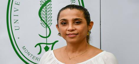 Liliana Valle Zapata, jefe del Departamento de Idiomas Extranjeros
